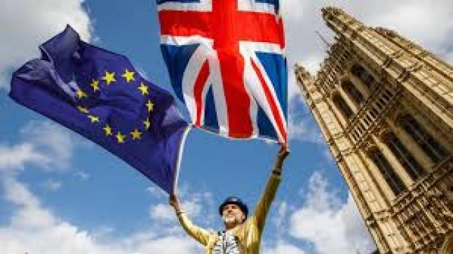 رئيس وزراء دولة بريطانيا يهدد بالتصويت د اتفاق خروج بريطانيا من الاتحاد الاوربي